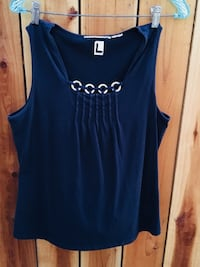 blue scoop-neck sleeveless top Los Angeles, 91345