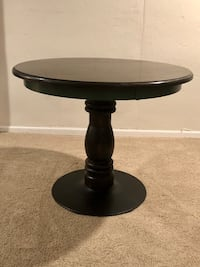 Round wood pedestal table Mission, 66202