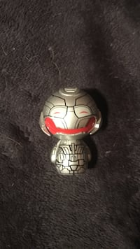 red and gray robot mini figure Thorold, L2V 1Y7