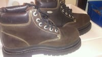 Sketchers work boots sz 9 only worn once! Saskatoon, S7W 0A5