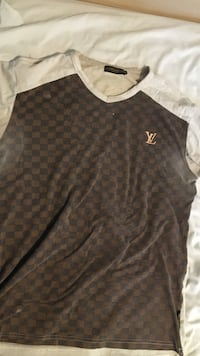damier ebene Louis Vuitton v-neck shirt Toronto, M3A