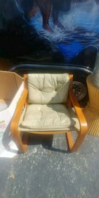 brown wooden framed white padded chair Pompano Beach, 33064
