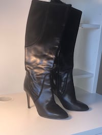 Italian black leather knee high boots Calgary, T2C 5S1