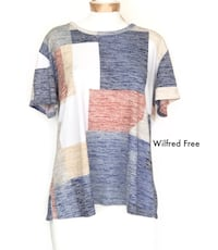 Wilfred Free Women T-shirt Top - Large  Kitchener, N2N 3A4
