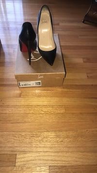 Christian Louboutin So Kate 39! Fairfield, 35064