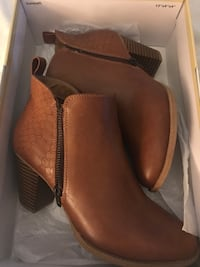 Size 7.5 - Genuine Leather Women's Ankle Boots Mississauga, L5A 2S1