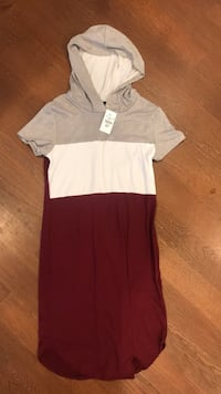 Super soft hooded burgundy mini dress new with tags  550 km