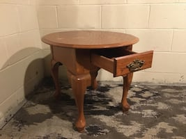 End table/ coffee table