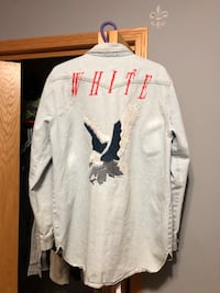 Off White Denim Jacket // Large Winnipeg, R2J 1M7