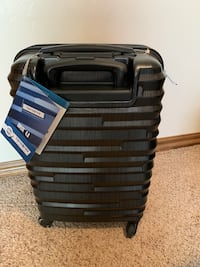 Samsonite carry on luggage. 20 in.