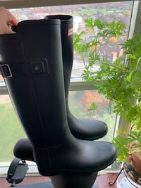 Hunter Boots (women's 7) Mississauga, L5B 4A1