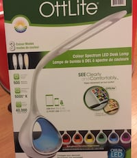 New ottlite led desk lamp with cell phone iPhone iPad tablet charge port in box Delta, V4E