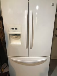 2015 White Kenmore French Door Refrigerator Sterling Heights, 48310