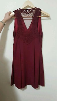 Size med dress  London, N6B 1G6