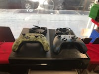 Xbox One 500gb with Two Wired Controllers New York, 10455