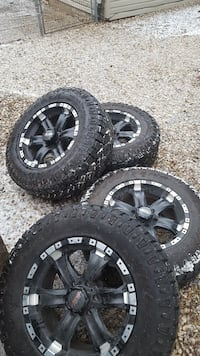 Tires and rims. 275/65R18. ford 6 lug