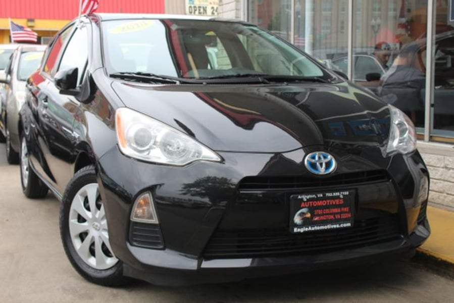2014 Toyota Prius c for sale 587412a3-8d2e-4d79-a1b0-171ca8d55217