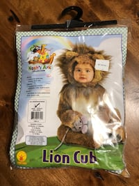 Infant lion costume - modded (Star Wars ewok) Mississauga