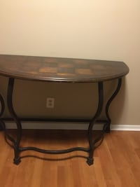 Half checker table