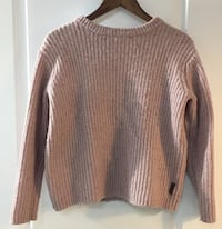 Women's brown sweater Vancouver, V5P 1B7