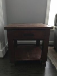 End table Gaithersburg, 20878
