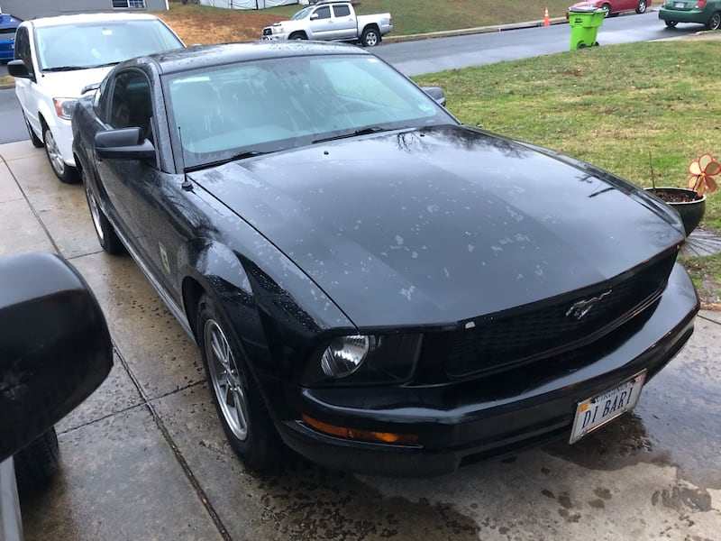 Ford - Mustang - 2005 d0d7adad-d86e-47ff-8268-0883bf0534e8