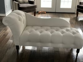 Brand new never used white chaise lounge