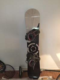 Black and white snowboard nitro fix bottes  [PHONE NUMBER HIDDEN] . Text only thx
