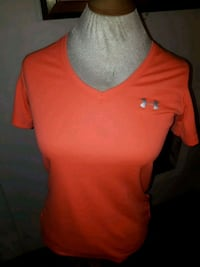 under armour shirt size S Edmonton, T5N 2Z9
