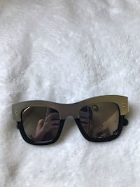 Stella McCartney sunglasses Los Angeles, 90037