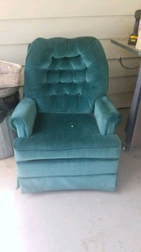tufted blue suede sofa chair Elmira Heights, 14903