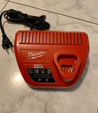 M12 Milwaukee Battery Charger Vaughan, L4L 3C7