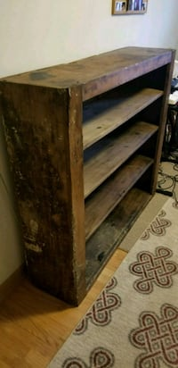 Reclaimed Wood Shelf Milwaukee, 53222
