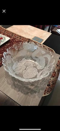 white and gray floral ceramic plate Leesburg, 20176