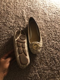MK Flats Size 8 , selling for 45$ but price is Negotiable College Station, 77840