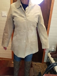 Tan suede jacket detailed XL Winnipeg, R2J