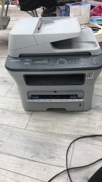 White and gray samsung photocopier machine