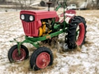 Tractor  Des Moines