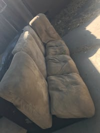 Free sectional couch Modesto, 95350