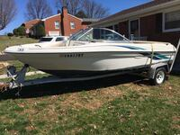 White powerboat  year 1999 clean title everything is new goon condition