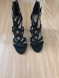 Women's open toe heels. Pu this weekend for$40 Toronto, M1P 1B2