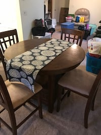 Kitchen/Dining Table Henrico, 23294