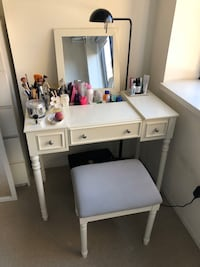 Vanity Set with Mirror and Cushioned Stool