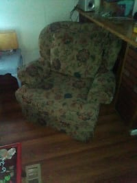 MOVING SALE!! MUST GO Byram, 39272