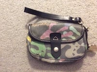 Dooney & Bourke Wristlet Wilmington, 19808