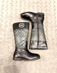 Girls Michael Kors Ridear boots paid $64 Size 13 Good condition!  Washington, 20002