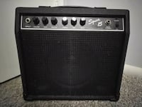 Squier 15 electric guitar amp in good condition