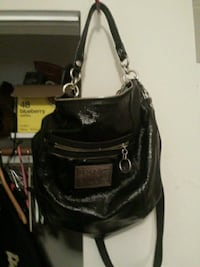 Coach purse excellent condition inside and out Surrey, V3R 1G2