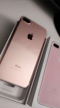 MINT CONDITION IN THE BOX WHITE GOLD IPHONE 7 PLUS - UNLOCKED . Toronto, M9W 6H6