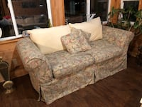 Mitchell Gold loveseat Port Orchard, 98366